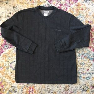 Vintage Columbia - v neck pullover sweater